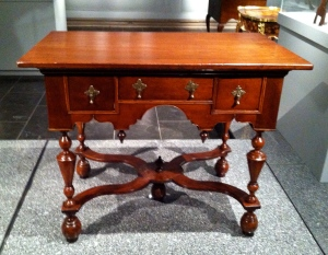 American Dressing Table 1710-1730
