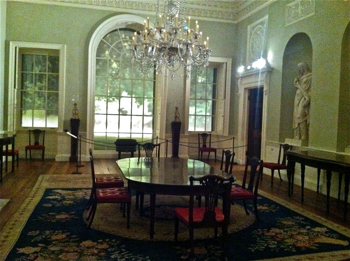 A Peek Inside the Dining Room of Historic Lansdowne House